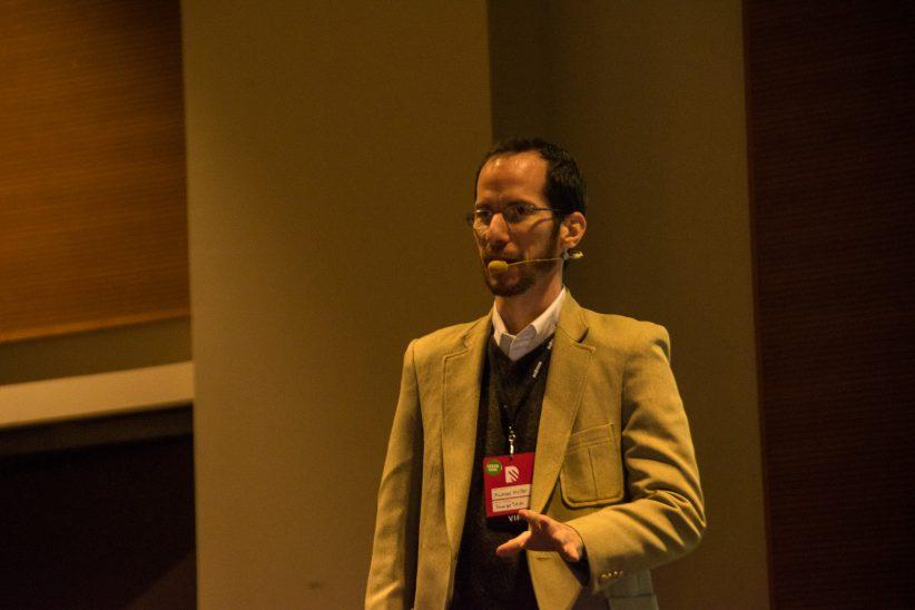 Presentando La importancia del diseño en la experiencia de usuario, mi charla en el Big Design La Ecuador. Foto: Washington Izquierdo