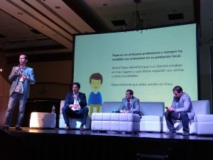 Presentando en el Ecommerce Day Ecuador 2016
